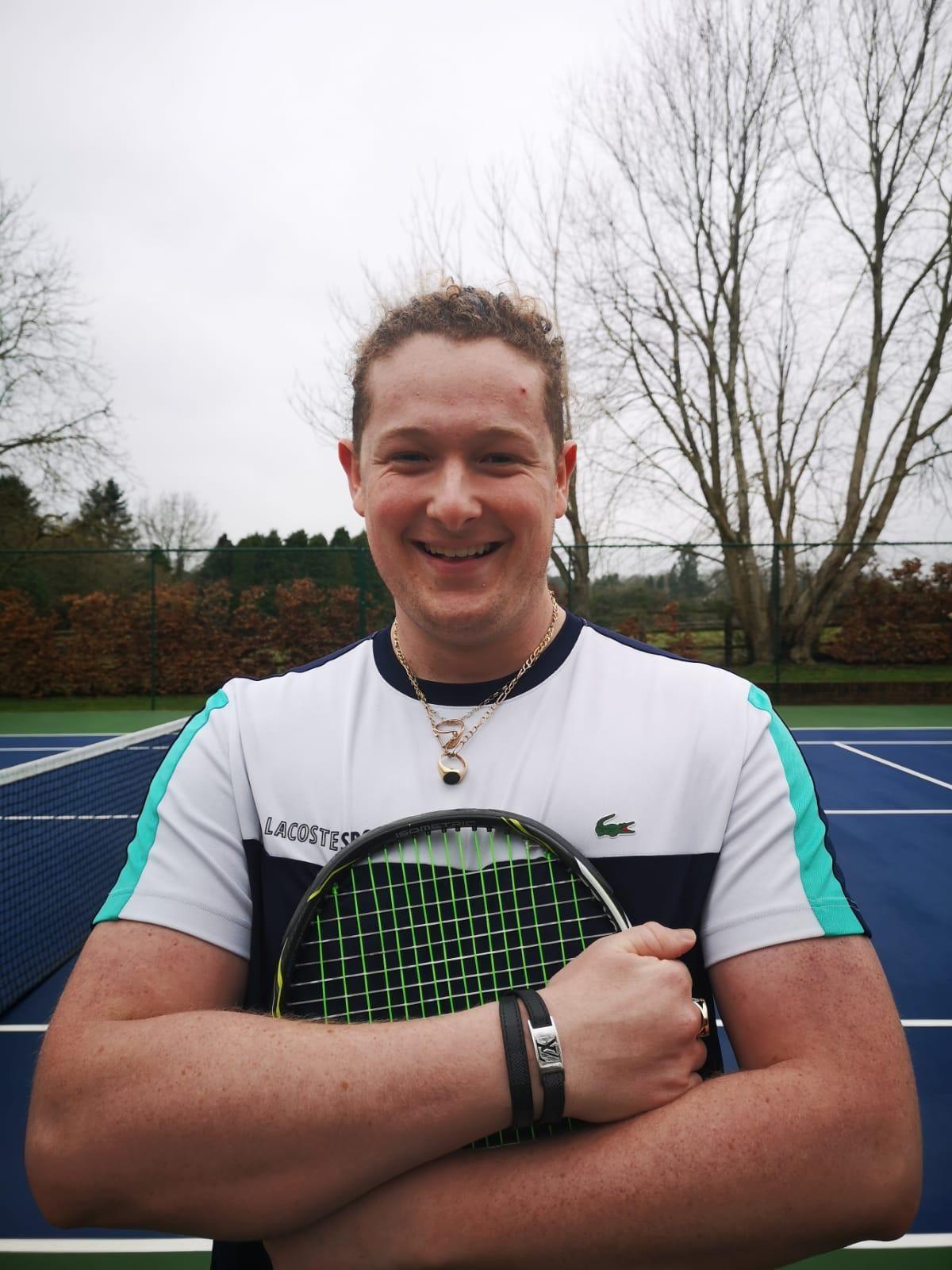 Alex Fox profile