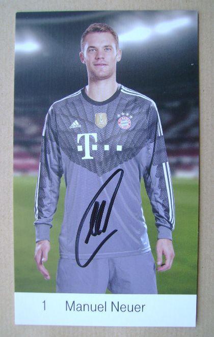 Manuel Neuer autograph