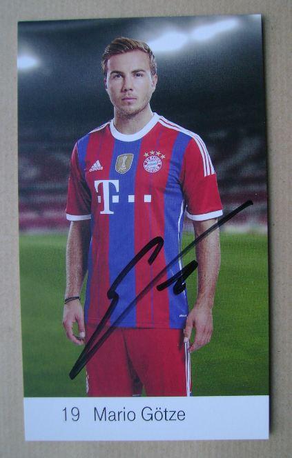Mario Gotze autograph