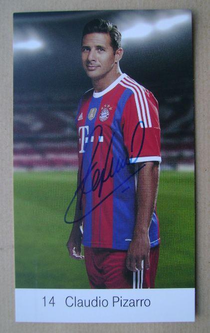 Claudio Pizarro autograph