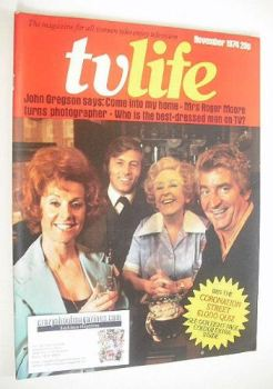TV Life magazine - Coronation Street Stars cover (November 1974)