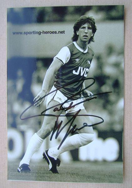 Paul Mariner autograph
