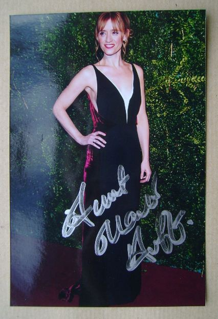 Anne-Marie Duff autograph (hand-signed photograph)