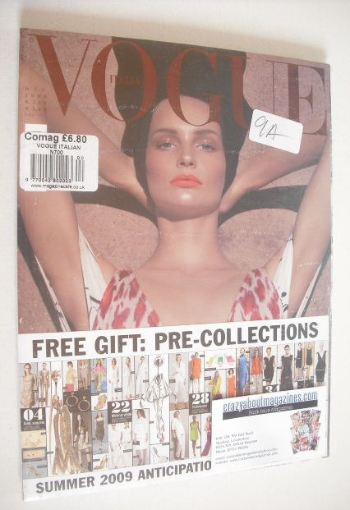 <!--2008-12-->Vogue Italia magazine - December 2008 - Katrin Thormann cover