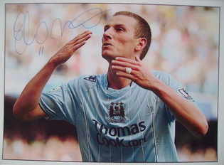 Elano autograph (ex-Manchester City player)