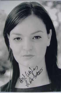 Laura Dos Santos autograph