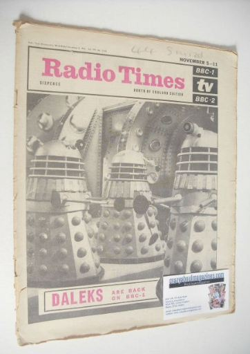 <!--1966-11-05-->Radio Times magazine - Daleks cover (5-11 November 1966)