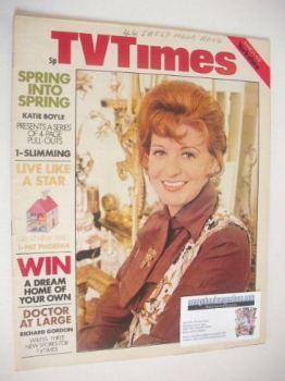 TV Times magazine - Pat Phoenix cover (6-12 March 1971)