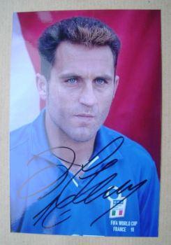 Angelo Di Livio autograph