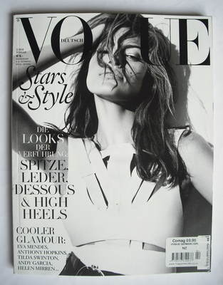 <!--2010-02-->German Vogue magazine - February 2010 - Eva Mendes cover