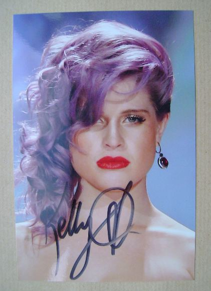 Kelly Osbourne autograph (hand-signed photograph)