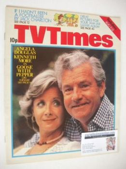 TV Times magazine - Angela Douglas and Kenneth More cover (9-15 August 1975)