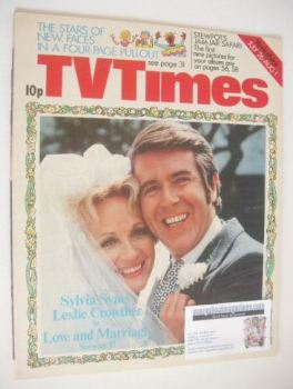 TV Times magazine - Sylvia Syms and Leslie Crowther cover (26 July - 1 August 1975)