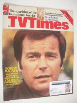 TV Times magazine - Robert Wagner cover (17-23 September 1977)