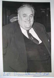 Cyril Smith autograph