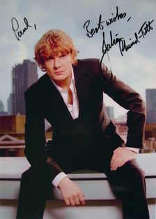 Julian Rhind-Tutt autograph