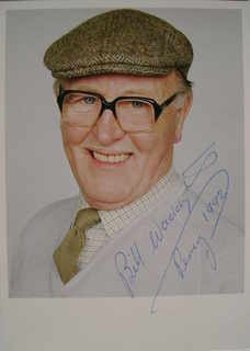Bill Waddington autograph (hand-signed photograph)