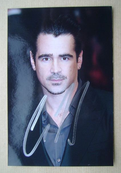 Colin Farrell autograph (hand-signed photograph)