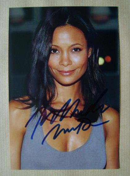 Thandie Newton autograph (hand-signed photograph)