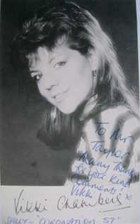 Vikki Chambers autograph