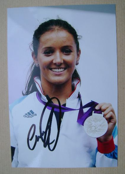 Laura Robson autograph