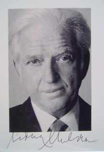Sidney Sheldon autograph