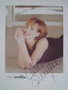 Carol Smillie autograph (hand-signed photograph)