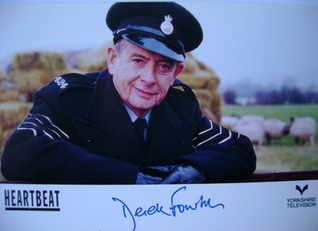 Derek Fowlds autograph (hand-signed Heartbeat Oscar Blaketon cast card)