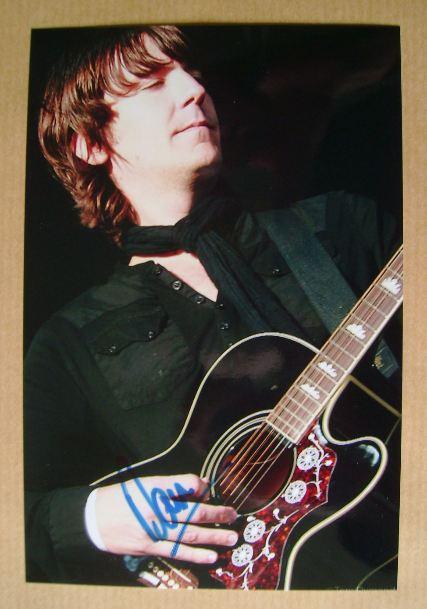Dan Hipgrave autograph