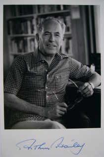Arthur Hailey autograph