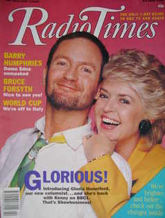 <!--1990-06-02-->Radio Times magazine - Kenny Everett and Gloria Hunniford