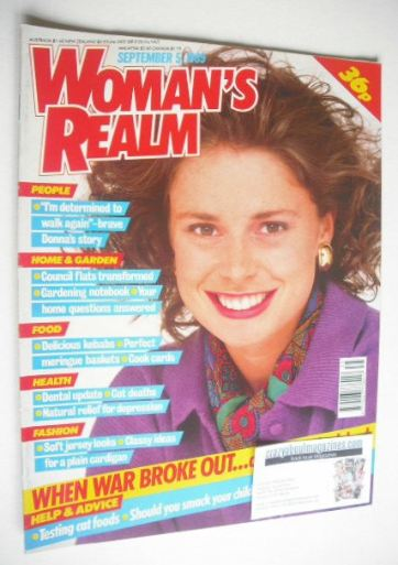 <!--1989-09-05-->Woman's Realm magazine (5 September 1989)