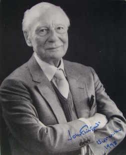 John Gielgud autograph