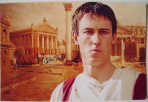 Tobias Menzies autograph
