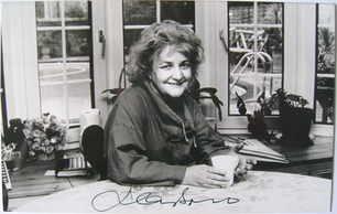 Jean Boht autograph