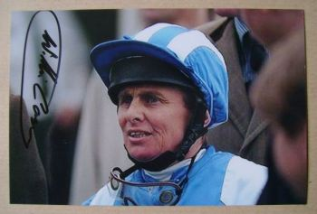 Willie Carson autograph (hand-signed photograph)