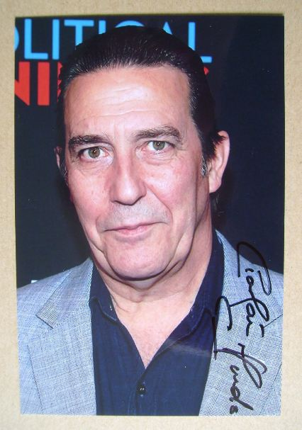 Ciaran Hinds autograph (hand-signed photograph)