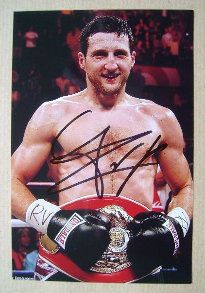 Carl Froch autograph