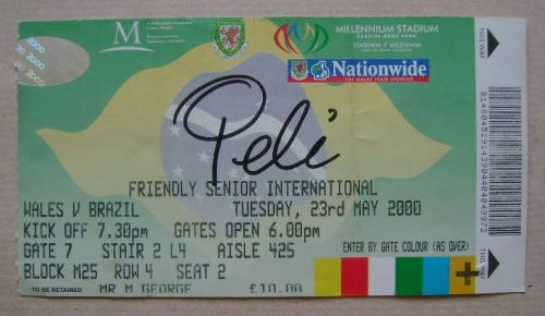 Pele autograph (hand-signed ticket)