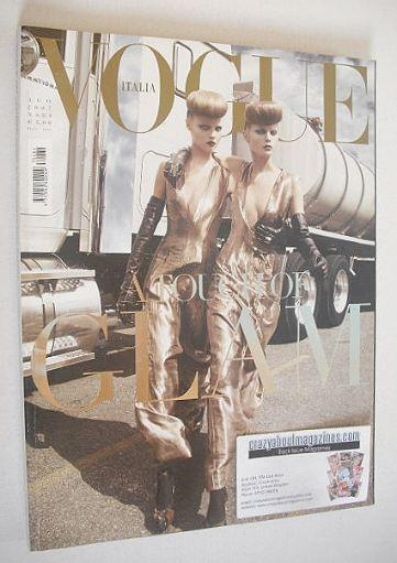 <!--2007-08-->Vogue Italia magazine - August 2007