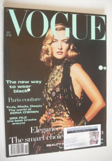 <!--1992-10-->British Vogue magazine - October 1992 - Tatjana Patitz cover