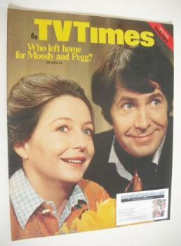 TV Times magazine - Derek Waring and Judy Cornwell cover (10-16 August 1974)
