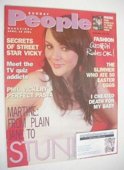 <!--2001-04-15-->Sunday People magazine - 15 April 2001 - Martine McCutcheon cover