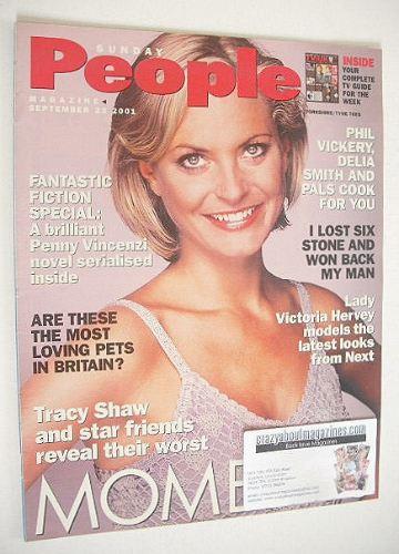 <!--2001-09-23-->Sunday People magazine - 23 September 2001 - Tracy Shaw co