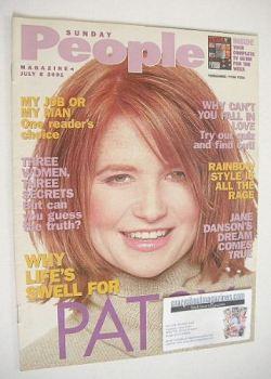 Sunday People magazine - 8 July 2001 - Patsy Palmer cover