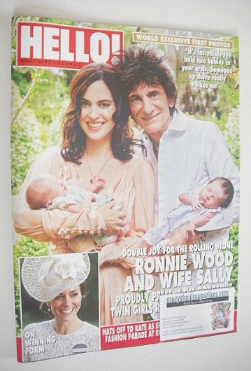 <!--2016-06-27-->Hello! magazine - Ronnie Wood, wife Sally and twin girls c