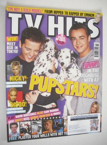 <!--2001-11-->TV Hits magazine - November 2001 - A1 cover