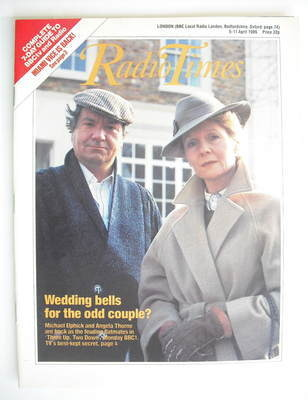 <!--1986-04-05-->Radio Times magazine - Michael Elphick and Angela Thorne c