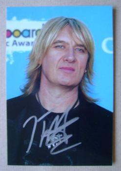 Joe Elliott autograph
