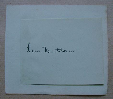 Len Hutton autograph (hand-signed piece of paper)